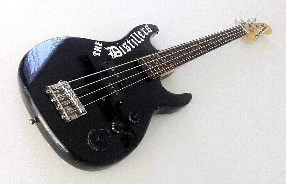 Alarmsignal versteigern Bass für einen guten Zweck
